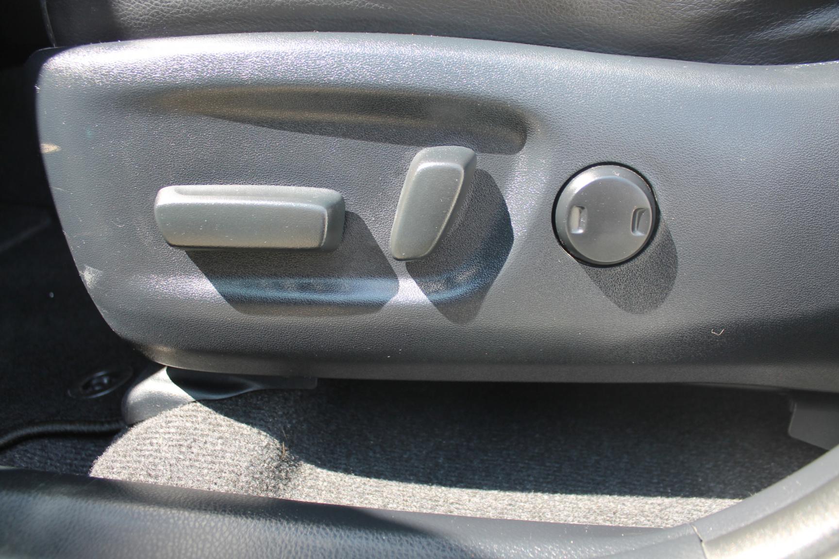 Toyota-RAV4-16