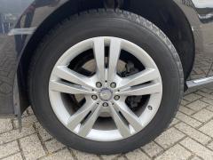 Mercedes-Benz-GLE-8