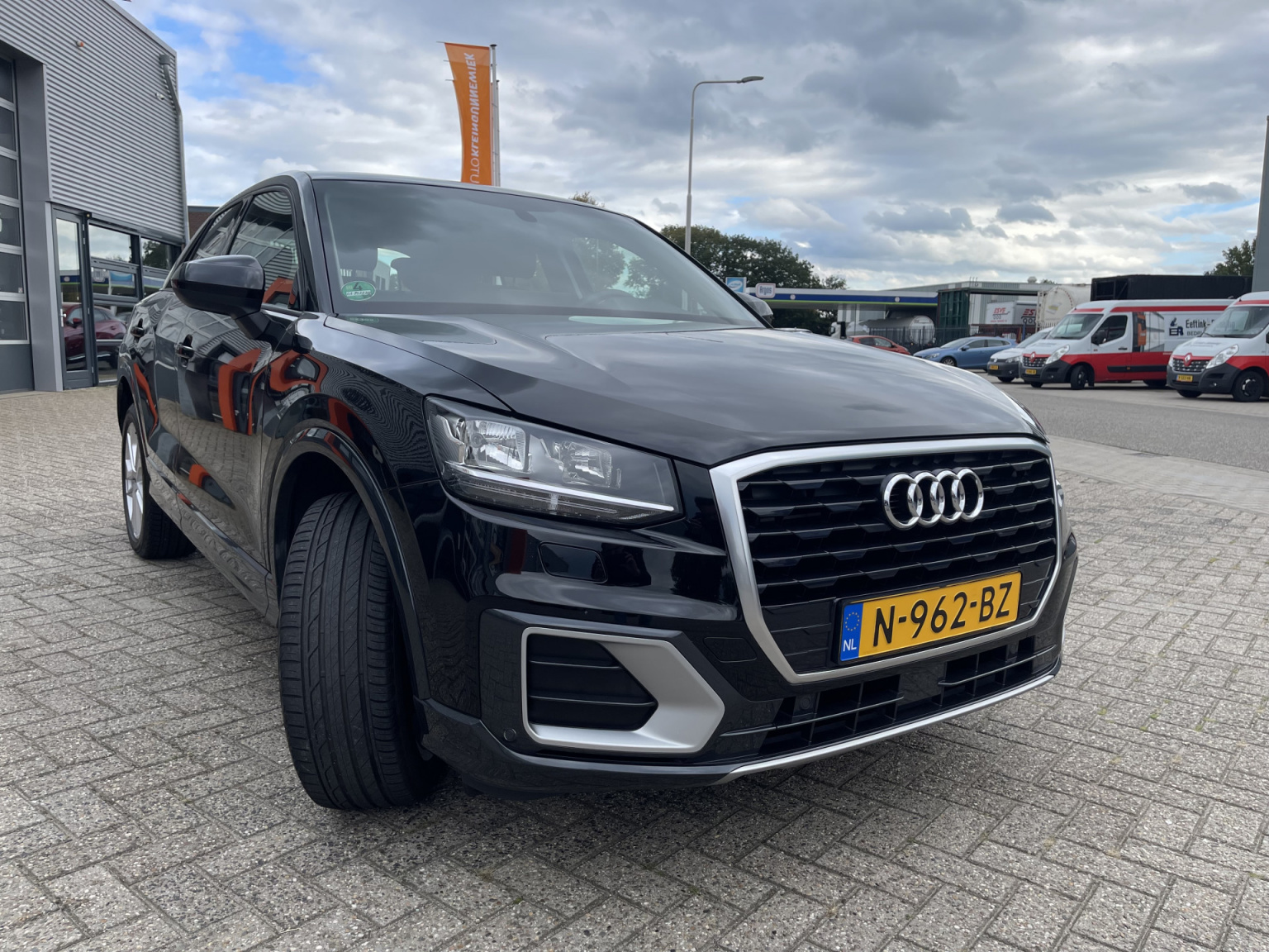 Audi-Q2-7